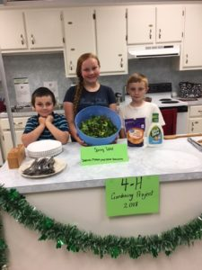 4-Hrs presenting their salads.